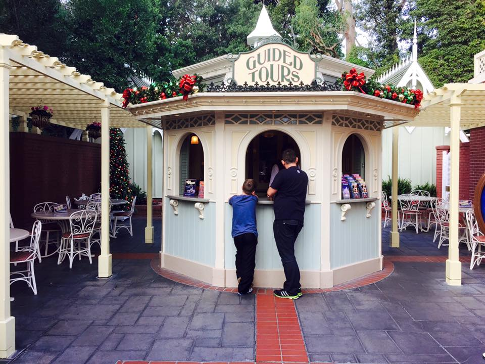 A Disneyland Adventure : A Childhood Wish Granted (An overview)