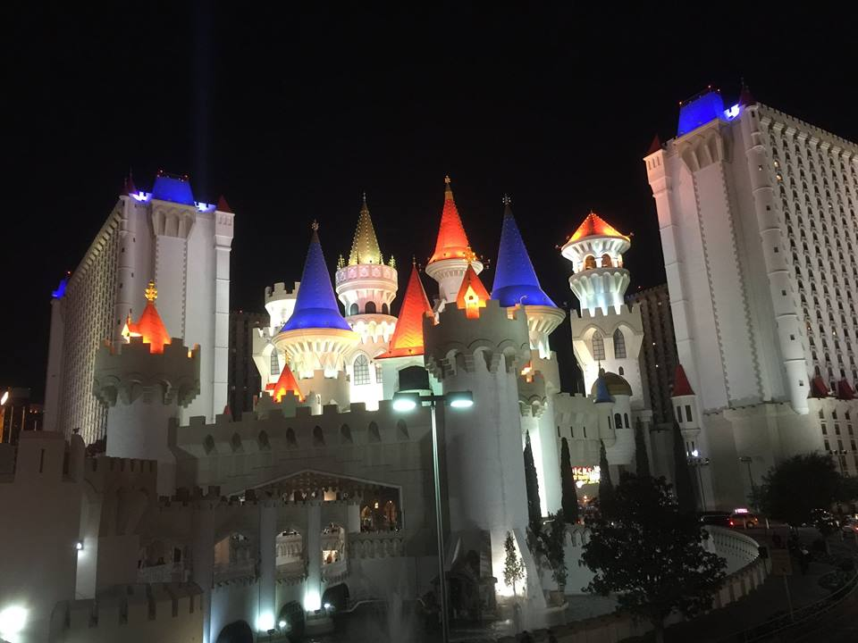 Las Vegas With Kids : Things To Do On and Off the Strip