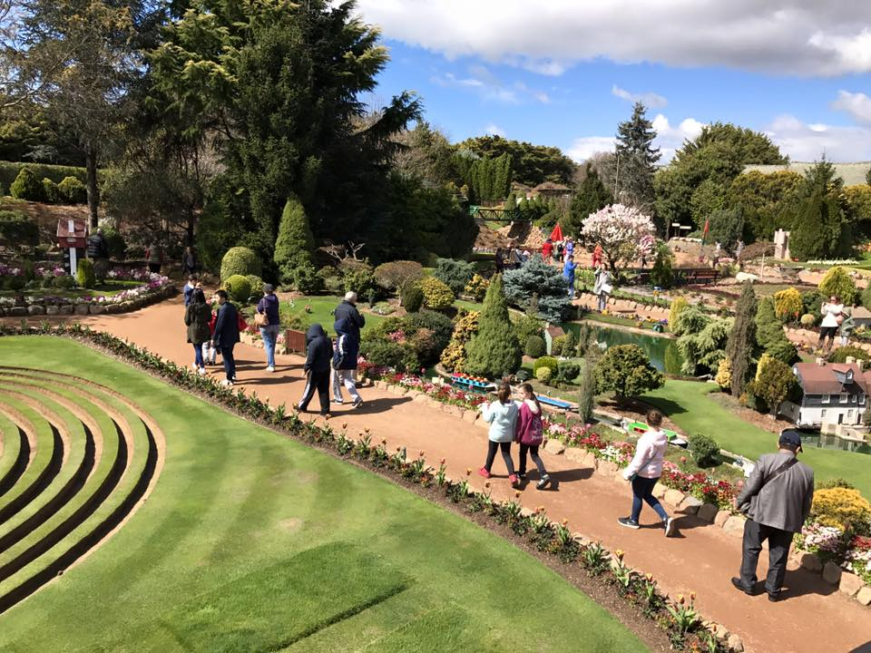 Cockington Green Gardens : Creating Miniature Memories in Canberra with Kids