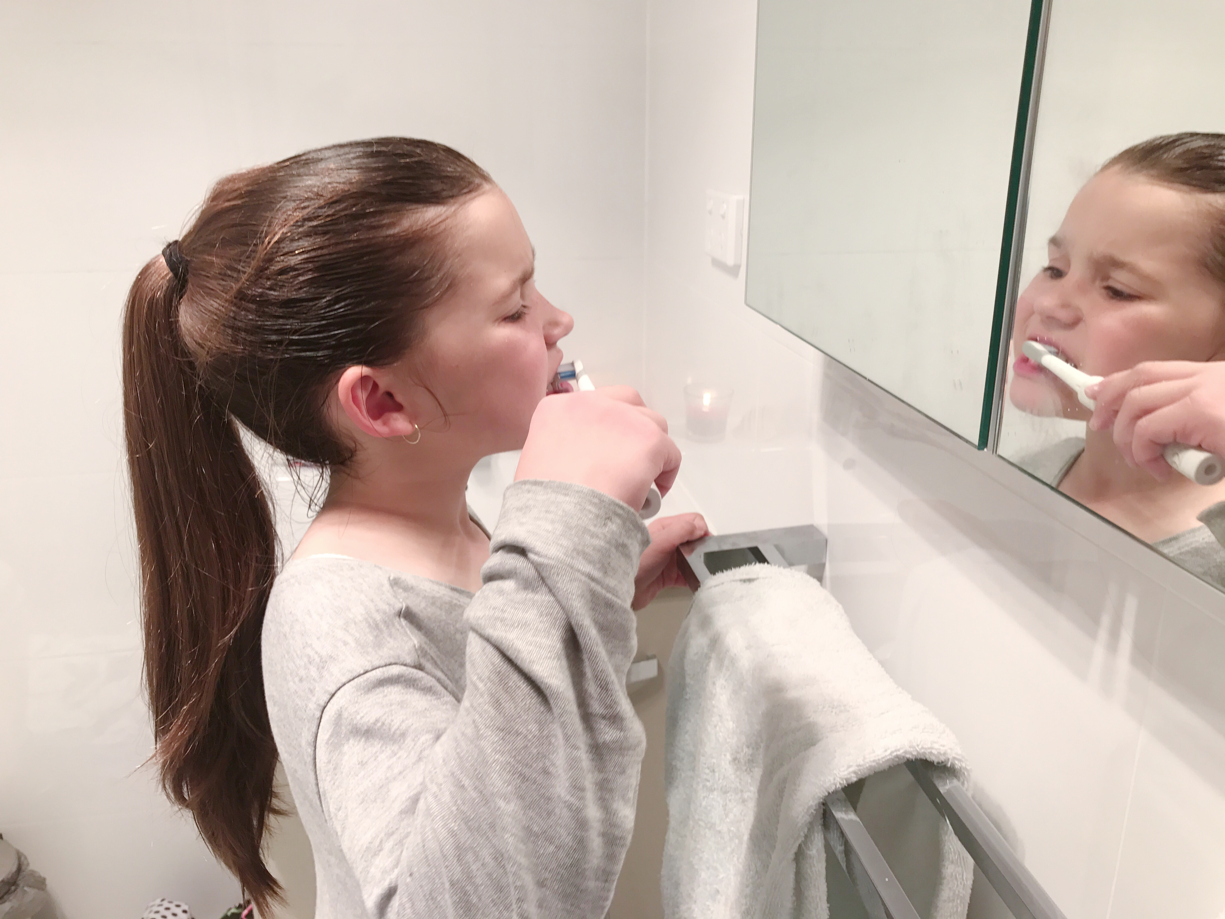 Travelling With Your Toothbrush : Oral Care When You're Out and About