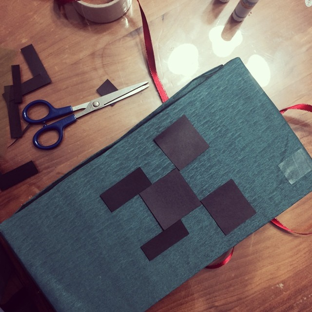 A Minecraft Party Get Together : Stampy Longnose, Creeper and Enderman Fun & Games