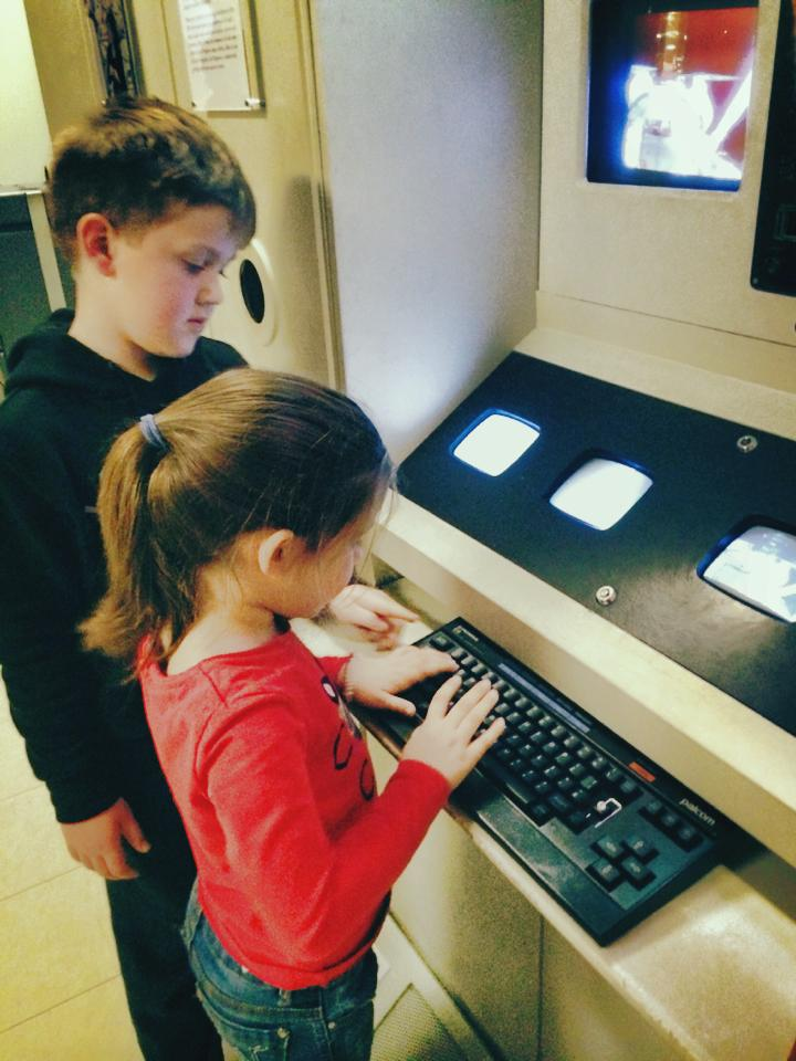 Powerhouse Museum : Mad Scientist Experiments, A Journey Into Space and a Wiggly Adventure