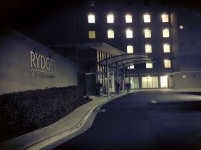 Rydges Mt Panorama - A Stay on Conrod Straight With Kids