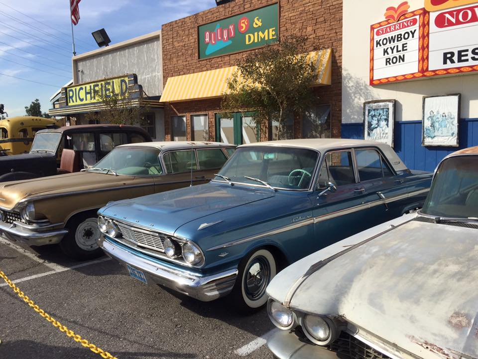 Rick's Restorations : An American Restoration Stopover in Vegas
