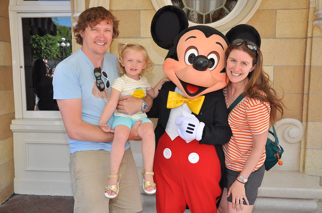 Top 10 Tips For Visiting Disneyland With Kids