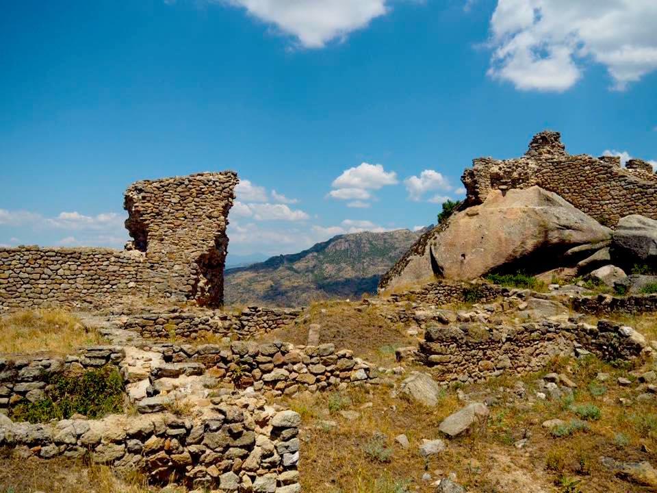 Markovi Kuli : Marko's Towers with Kids - Prilep Macedonia